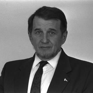 Petr Lom