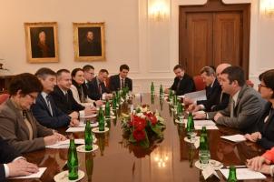 Předseda Sněmovny jednal s maršálkem polského Sejmu Markem Kuchcińskim (2. 3. 2016)